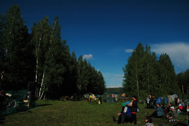 Поляна перед Лесной сценой